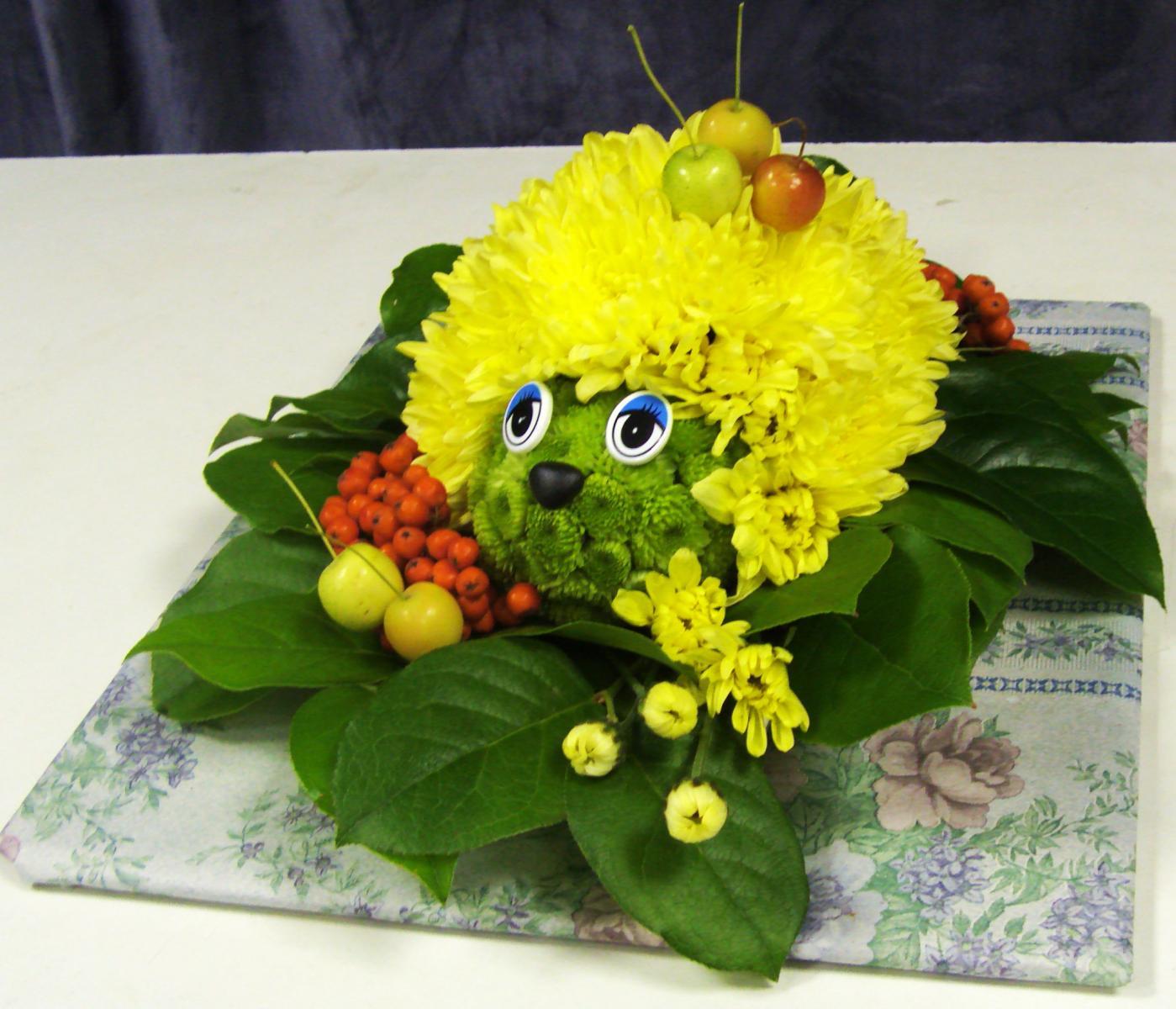 Поделка в детский сад из цветов